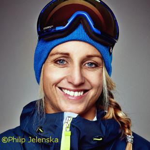 Eine Profifreeriderin auf dem Snowboard – erzählt von Ihrer Kariere