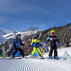 Sonnenterrasse Braunwald Familien Skigebiet